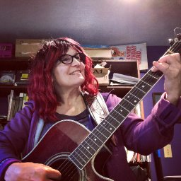 Singer Songwriter Julie Kinscheck Livestream