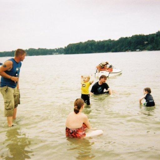 4558-ZackCaidenSarahSwimming