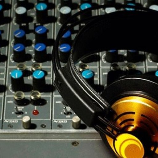 68-DJ-Mixer-and-Headphones